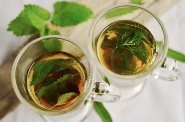 Benefits of Herbal Tea + Tea Recipes